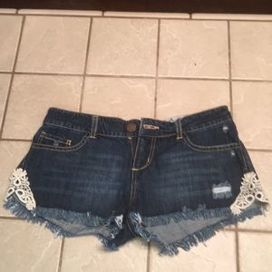 O'Neill shorts with lace